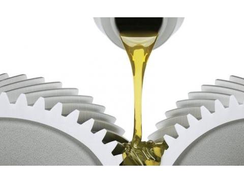 Cách phân biệt dầu động cơ thật và giả đơn giản nhưng chính xác nhất