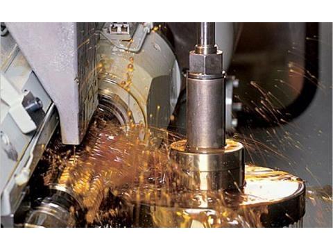 Trả lời lý do nên sử dụng dầu cắt gọt kim loại